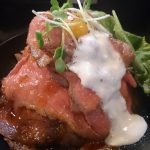 神戸・三宮のレッドロックでローストビーフ丼を食べてきた
